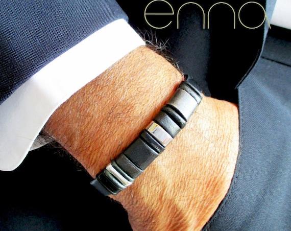 Men's gift bracelet in black flat leather 10 x 2 mm. Enna Clasic 4.