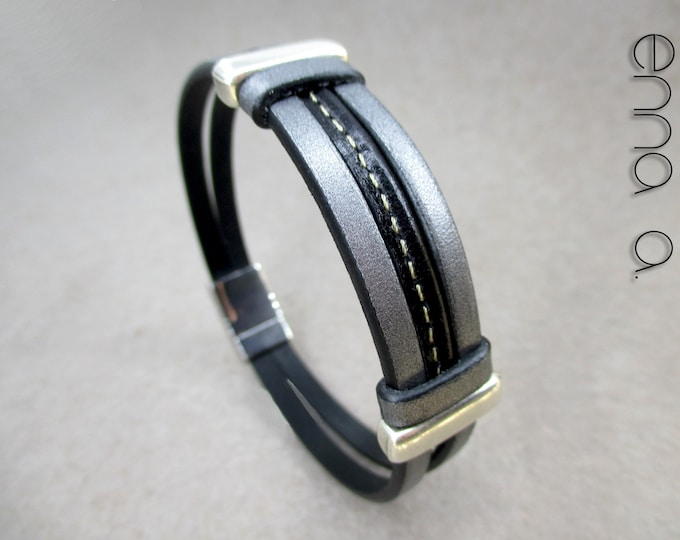 silver gray color and stainless steel leather bracelet, Bracelet for elegant gentlemen in silver gray color, birthday gift, man gift