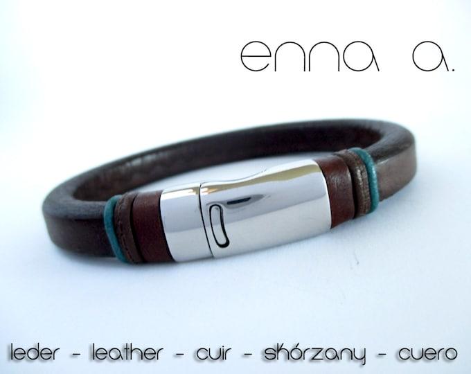 Licorice brown leather bracelet