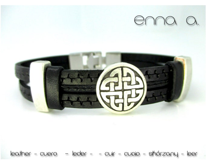 Black engraved leather bracelet, Leather wristband, birthday gift, man gift, man accessories, black wristband, personalized bracelets
