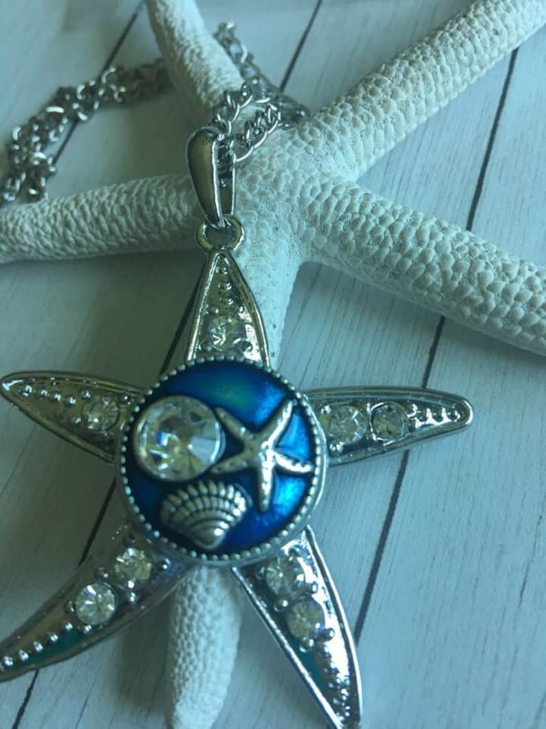 Starfish Snap Button Necklace,Snap Button Jewelry,Coastal Snap Button Necklace,Rhinestone Starfish Shaped Snap Pendant Necklace