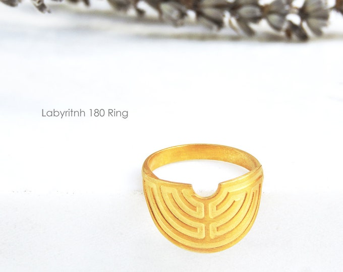 Labyrinth 180ᵒ Ring