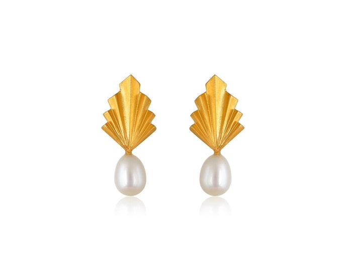 Folds pearly earrings