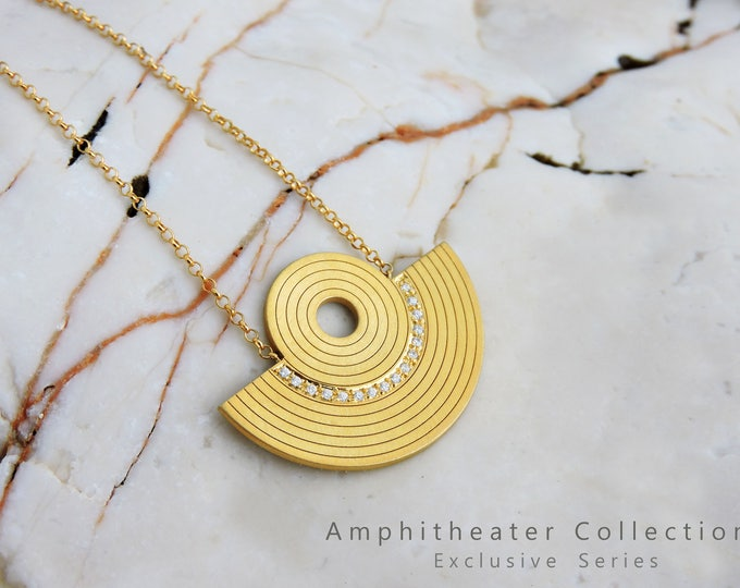 Tiny Amphitheater Necklace with zircon