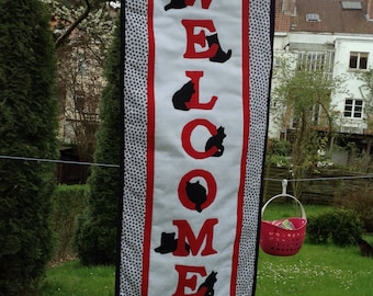 The Purrfect Welcome Quilted Wallhanging  SPRING  SALE now only 35.00 euros.