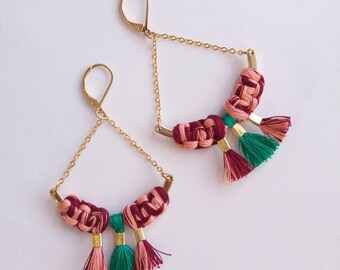 Earrings metal and macrame knotted cotton yarn