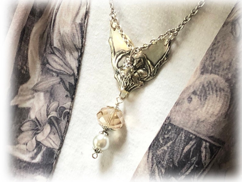 OOAK Pendant Antique Pendant Narcissus Silverplate Pendant Sustainable Statement Jewelry Pearl