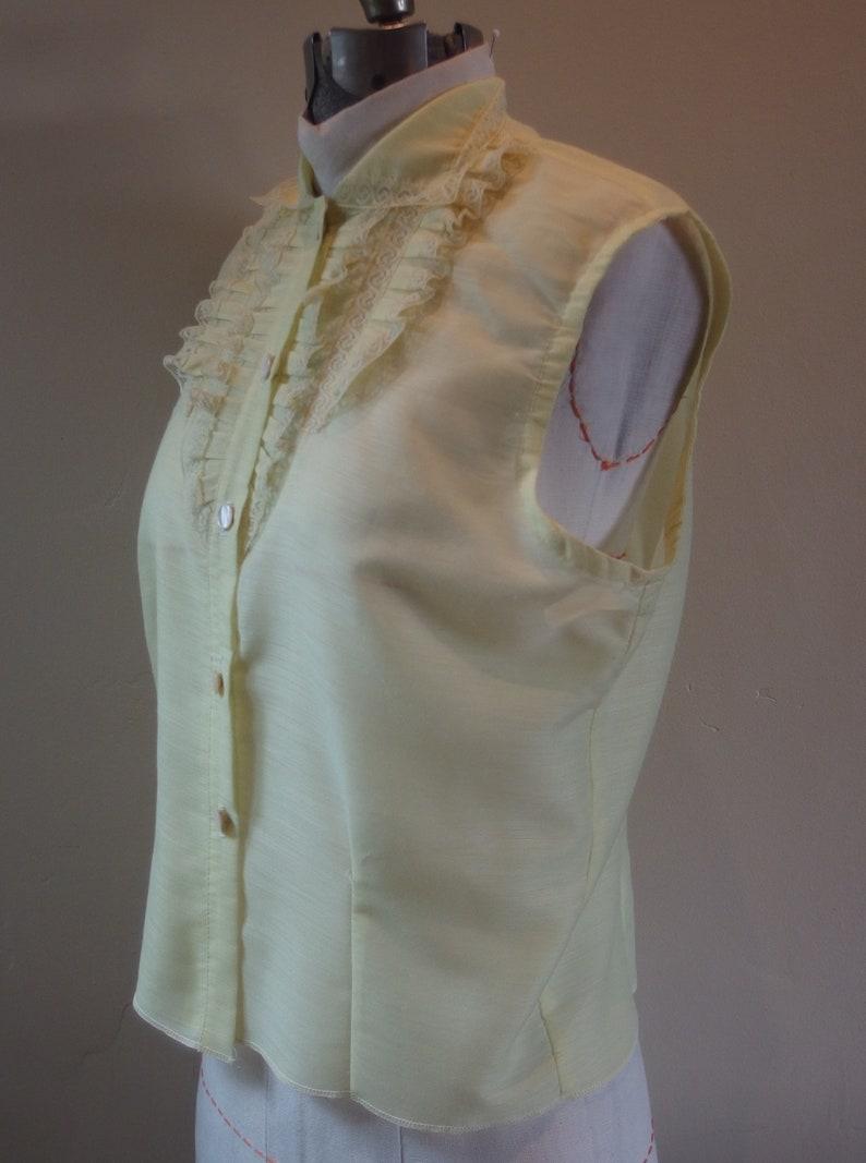1960s pale yellow summer blouse pleats lace