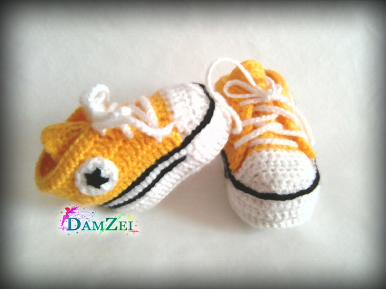 b0efaa360f1b8 Yellow Crochet Baby Sneakers, Newborn Converse Shoes, Infant Crochet  Booties, Baby Boy Shoes, Boots for babies, Baby shower gift choose size