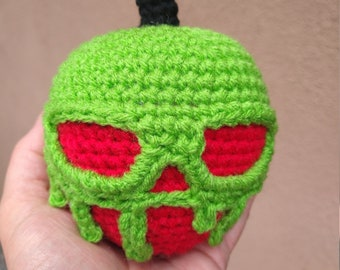 Crochet Poison Apple plush, poison apple doll, Amigurumi apple, fairy tale cosplay, green poison apple,Halloween decorations and costume