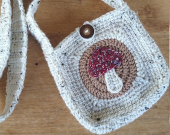 Crochet crossbody mushroom bag,cottage core bag, boho hippie bag, witchy gifts, Cottage core Aesthetic, Goblincore Tote Bag,Dark Academia