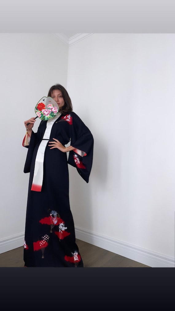 Vintage 1970s silk kimono/ Japanese kimono/ Silk k