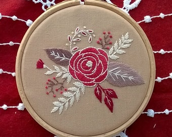 Flowers Embroidery KIT -  hand embroidery kit - DIY embroidery Kit - embroidery hoop -  beginner needlecraft - rose embroidery pattern