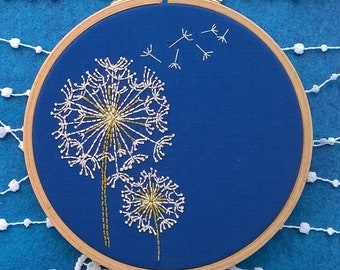 Dandelion Embroidery KIT - Embroidery pattern - embroidery hoop art - modern embroidery - Traditional embroidery kit
