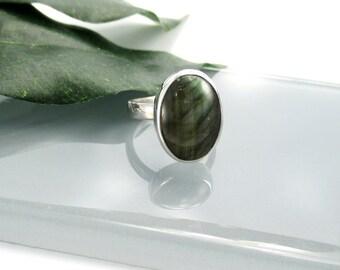 Labradorite Ring in Sterling Silver, Size 6 1/4