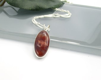 Agate Pendant Necklace with Sterling Silver 20 inch Chain