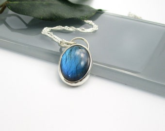 """Blue Green Labradorite Gemstone Pendant with 20"""" Sterling Silver Chain"""