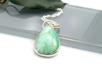 """Elegant Chrysophrase Gemstone Necklace with 18"""" Sterling Silver Chain"""