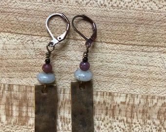 Hammer bronze / jade stone / maroon glass bead.