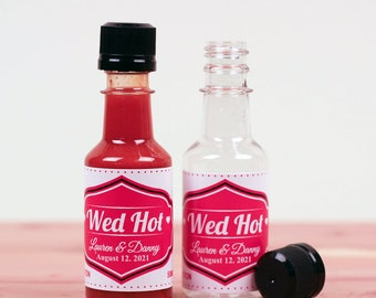 18 pieces Personalized Wed Hot Hot Sauce Empty Bottles - Stickers with Plastic Empty Bottles  (PPD-JM621952Q-SK0107-08)