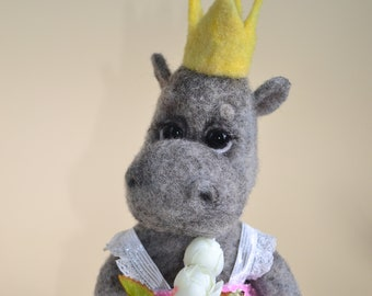 Felted hippo Needle felting Hippo Toy Soft Felted sculpture Toy gift Felt wool Beautiful Hippo felt Toy Eco Needle felted animals