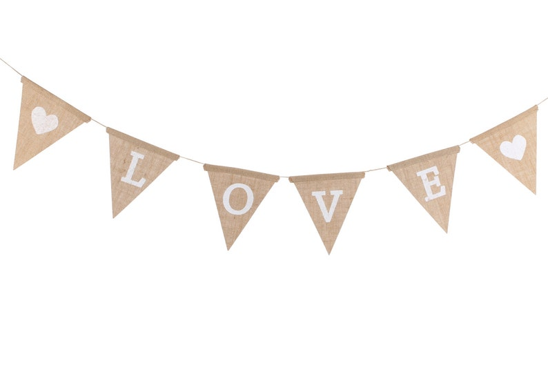 hessian heart favour bags Weddding hessian mini bag Hessian white heart treat bags Love wedding bunting party decor Wedding decor