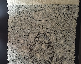 Antique hand lace Museum quality