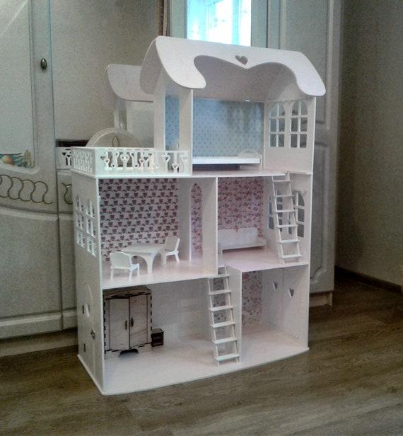 puppenhaus mit 3 etagen puppenhaus mit m bel holz barbie. Black Bedroom Furniture Sets. Home Design Ideas