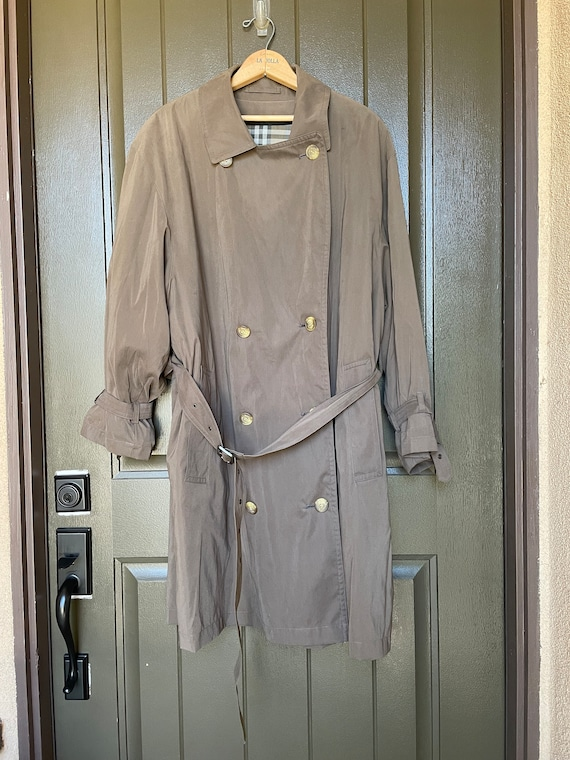 Vintage Burberrys Trench Coat Size 42