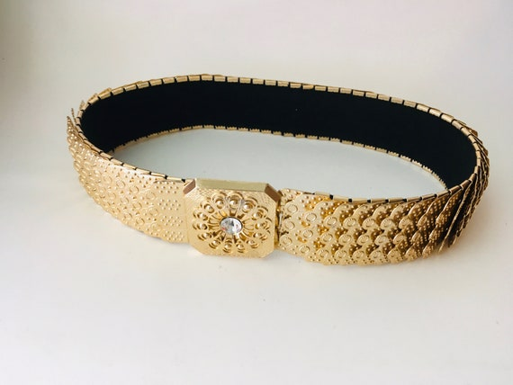 Vintage M Brand Gold Tone Metal Scales Belt