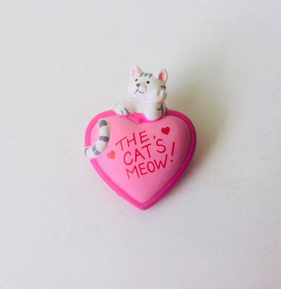 "Vintage Fun World ""The Cat's Meow"" Pin"