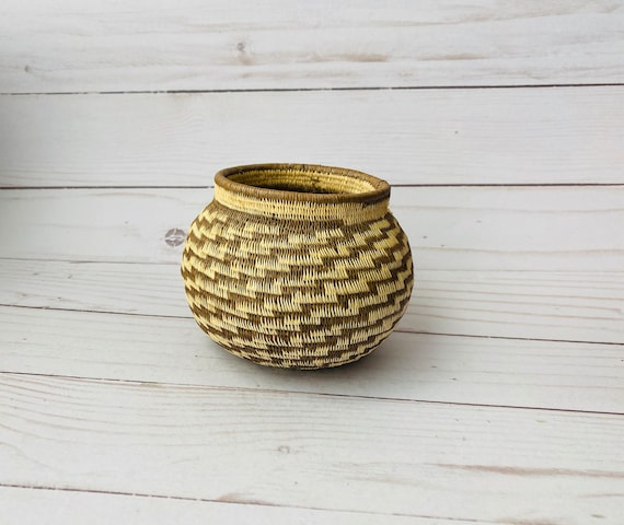 Small Round Woven Basket- Decorative Basket- Boho