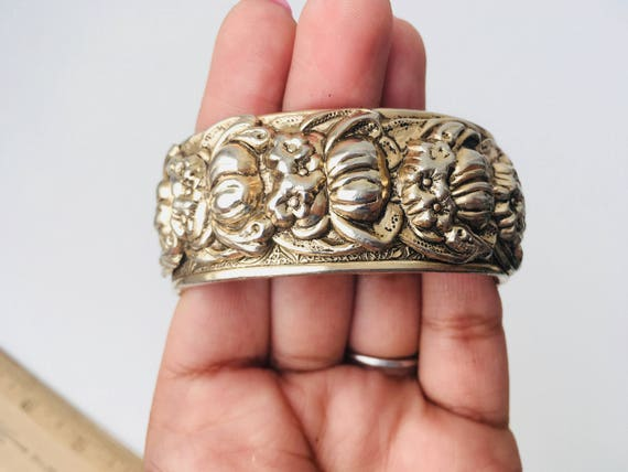 Bangle Bracelet - Vintage Silver Tone Hinged With Raised Floral Design