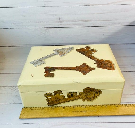 Vintage Jewelry Box with Mirror