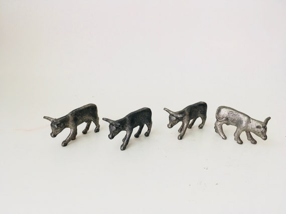 Set Of 4 Mini Metal Bulls