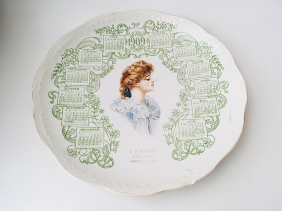 1909 Calendar Plate With Gibson Girl