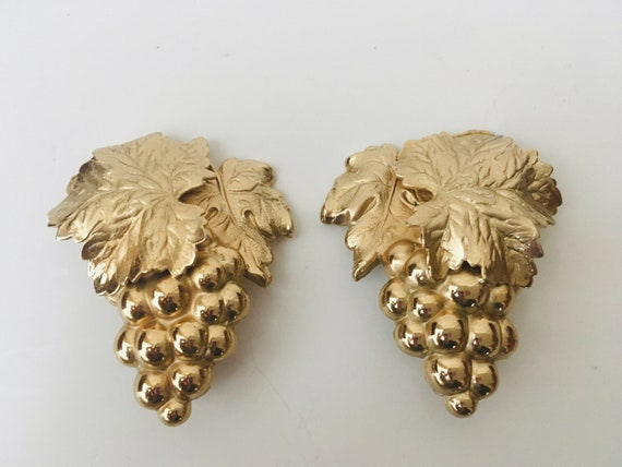 "Vintage Signed ""Napier"" Grape Cluster Earrings"