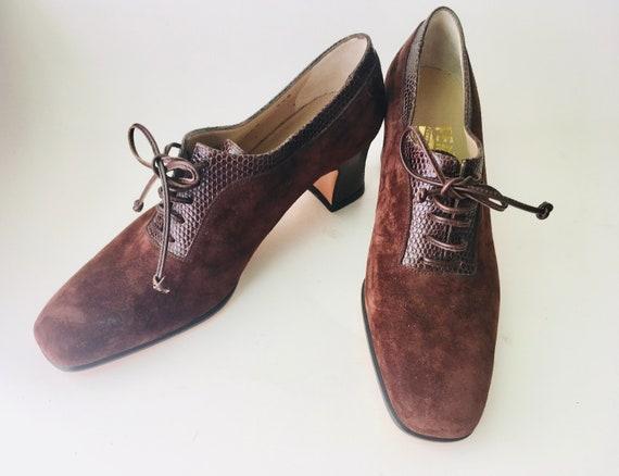 Ferragamo Shoes, Brown Suede Lace-Up Shoes Size 5.5, Vintage