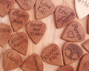 Personalize gift guitar pick with a name in wood, perfect gift for a guitarist or musician !
