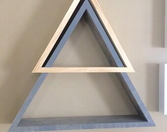 Dual color wood triangle shelving