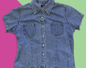 7a469eeef7a Vintage 90 s Lee Fitted Jean Denim Snap Button Up Shirt - Women s Size Small
