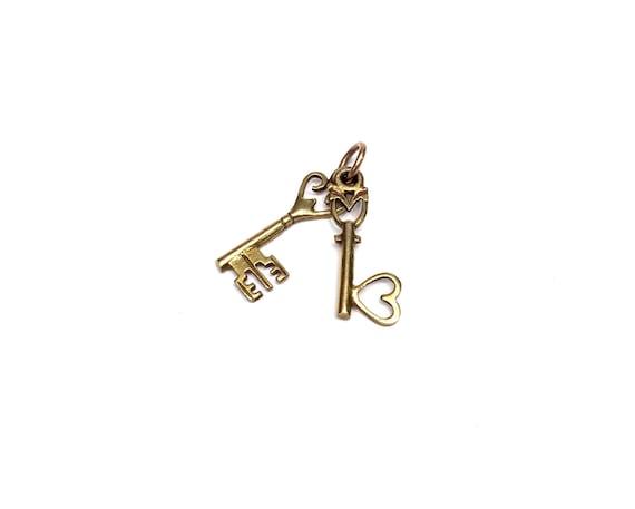 Antique Skeleton Key Charm/Pendant