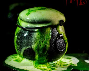 Boil And Bubble Witches Brew Scented Cauldron Dunker Bath Bombs!