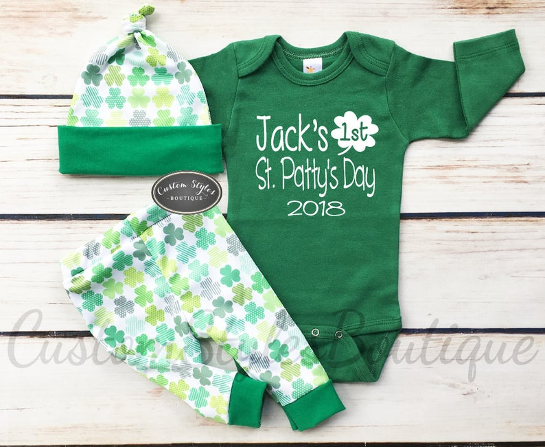 Baby/'s 1st St Patrick/'s Day Outfit,Custom Name Green Bodysuit Baby Boys First St Pants /& Hat With Shamrocks Patty/'s