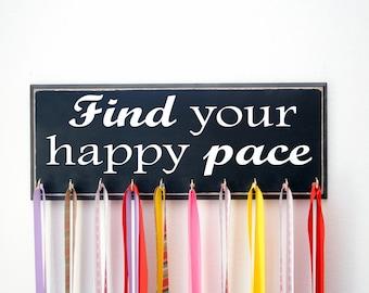 Medal Holder Find Your Happy Pace, Marathon Medal Holder for Running Medals, Running Medal Rack and Display