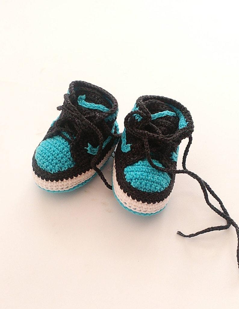 8041058ff6de Crochet Jordan shoes Crochet baby Nike booty Baby boy Air