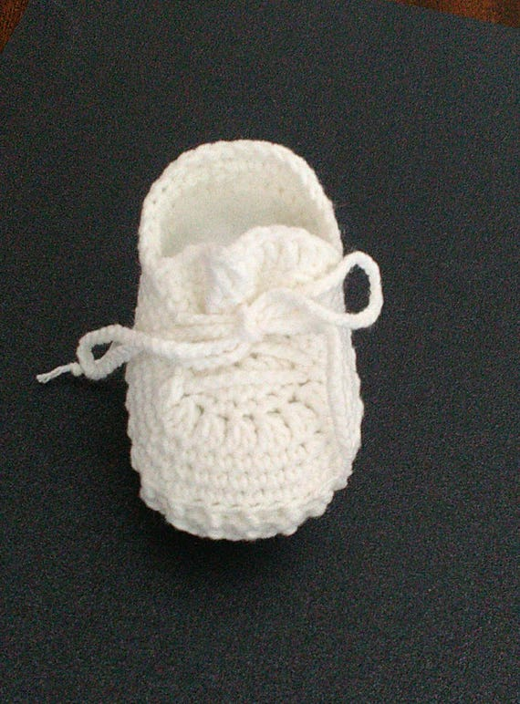 f17727f68f64 Crochet baby booties Yeezy boost 350 shoes Off-white baby