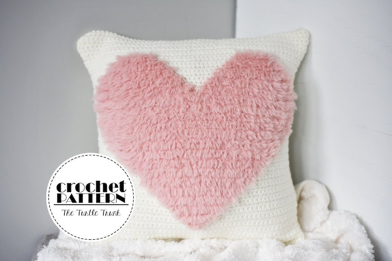 Love to Cuddle Pillow Crochet Pattern  Crochet Pillow  image 0