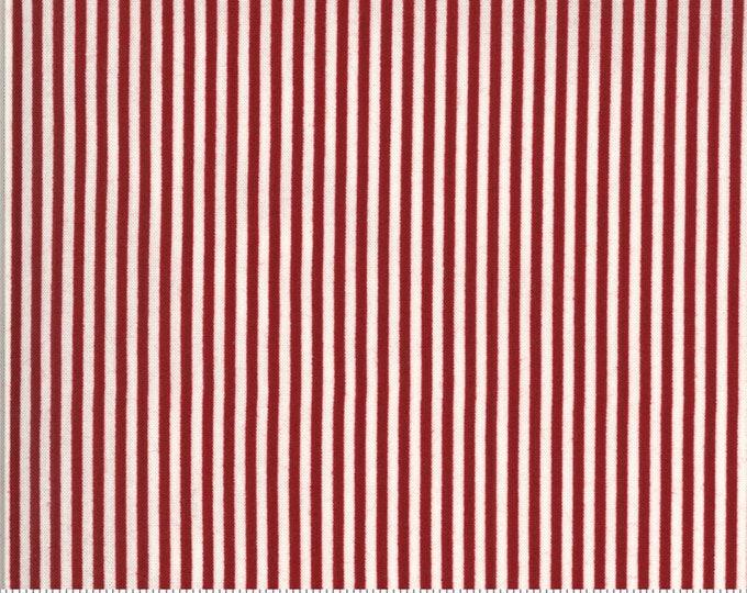 American Gatherings / 49121 12 / Moda / Primitive Gatherings / Patriotic / Fabric / Quilting Fabric