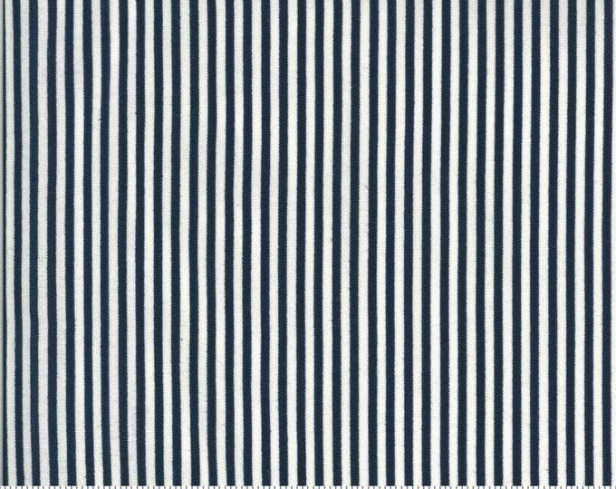 American Gatherings / 49121 13 / Moda / Primitive Gatherings / Patriotic / Fabric / Quilting Fabric